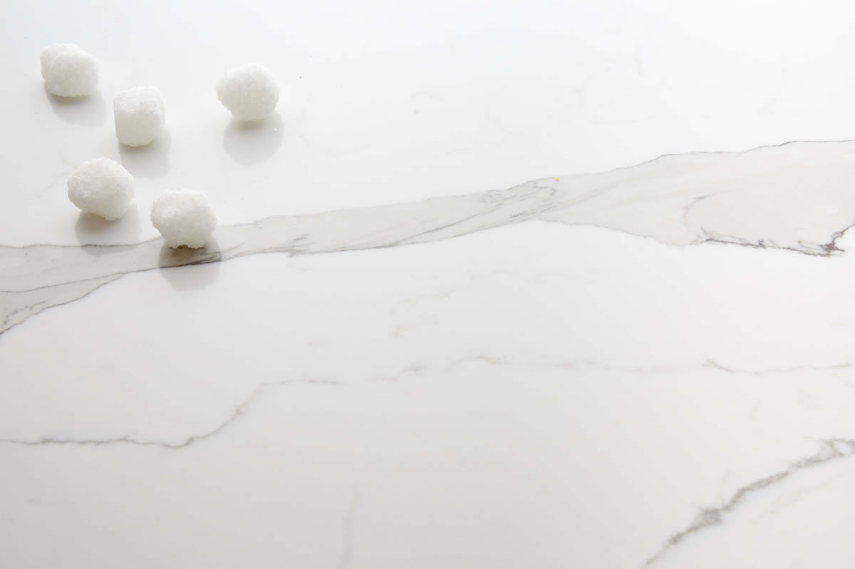 calacutta primo quartz